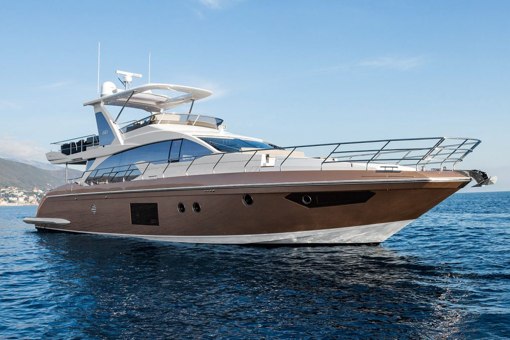 The Azimut Flybridge Collection Offers An Extensive Range Of Models From 38 To 100 Foot Think A Motor Yacht And You Will Instantly