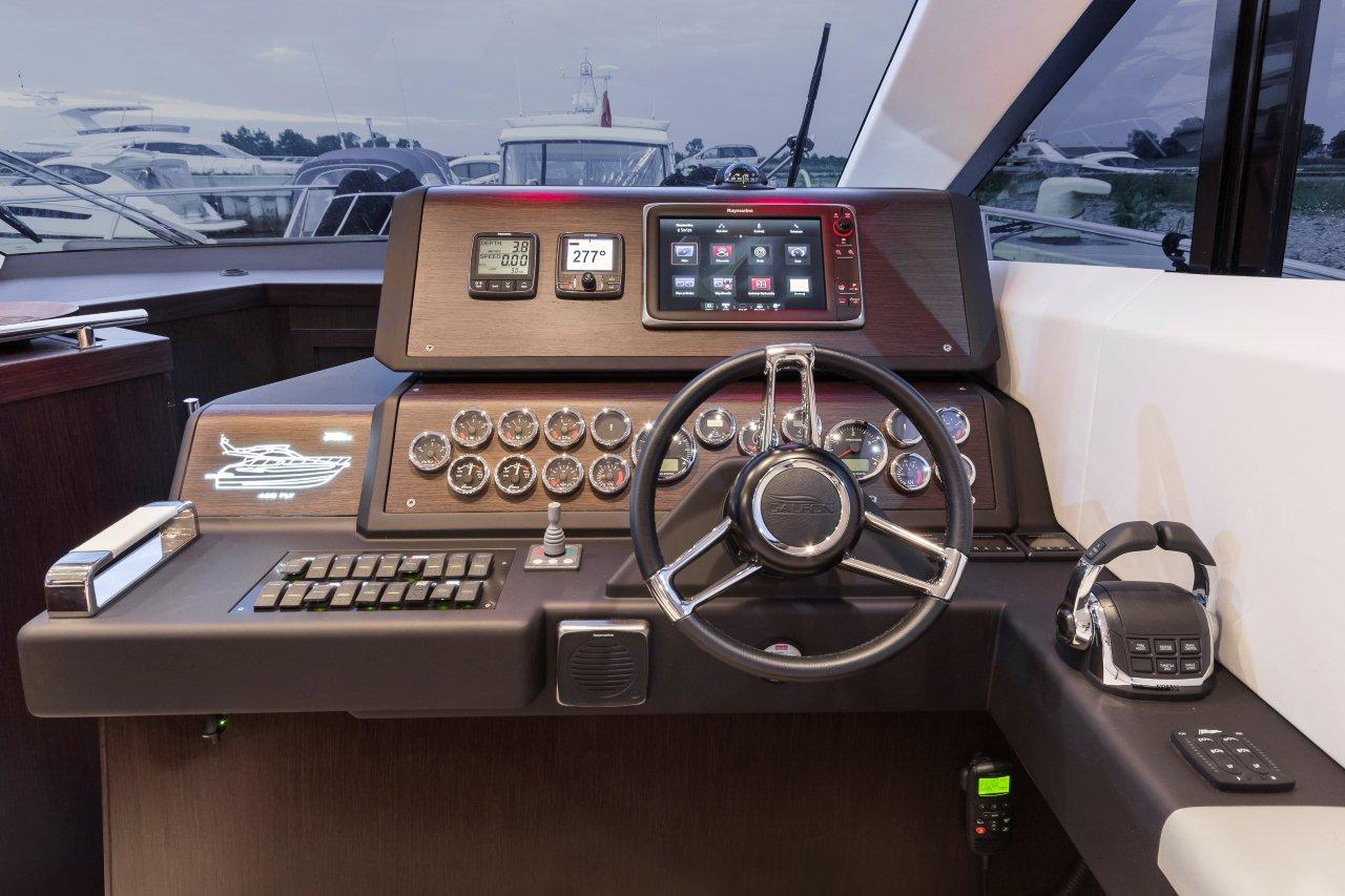 Galeon 420 FLY Internal image 11