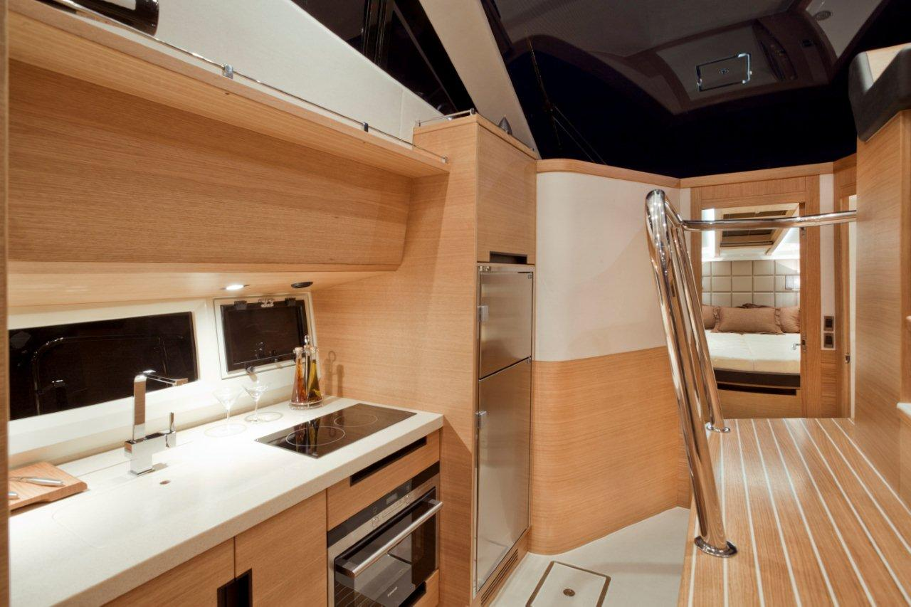 Galeon 420 FLY Internal image 23