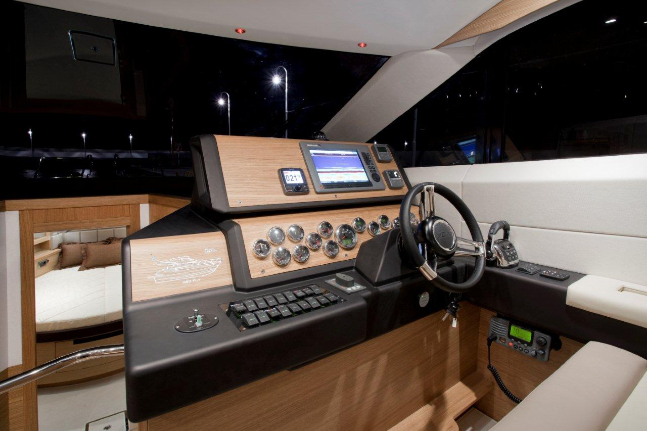 Galeon 420 FLY Internal image 25