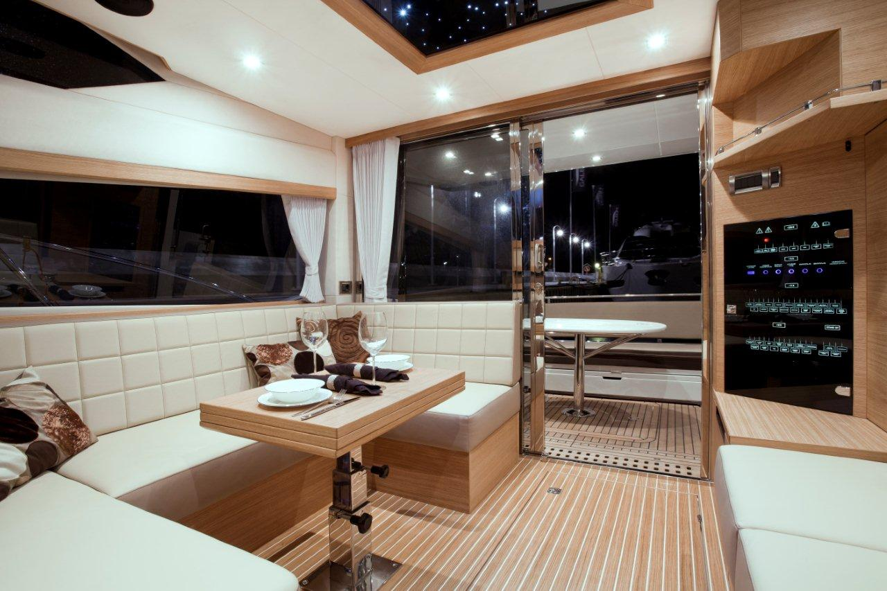 Galeon 420 FLY Internal image 27