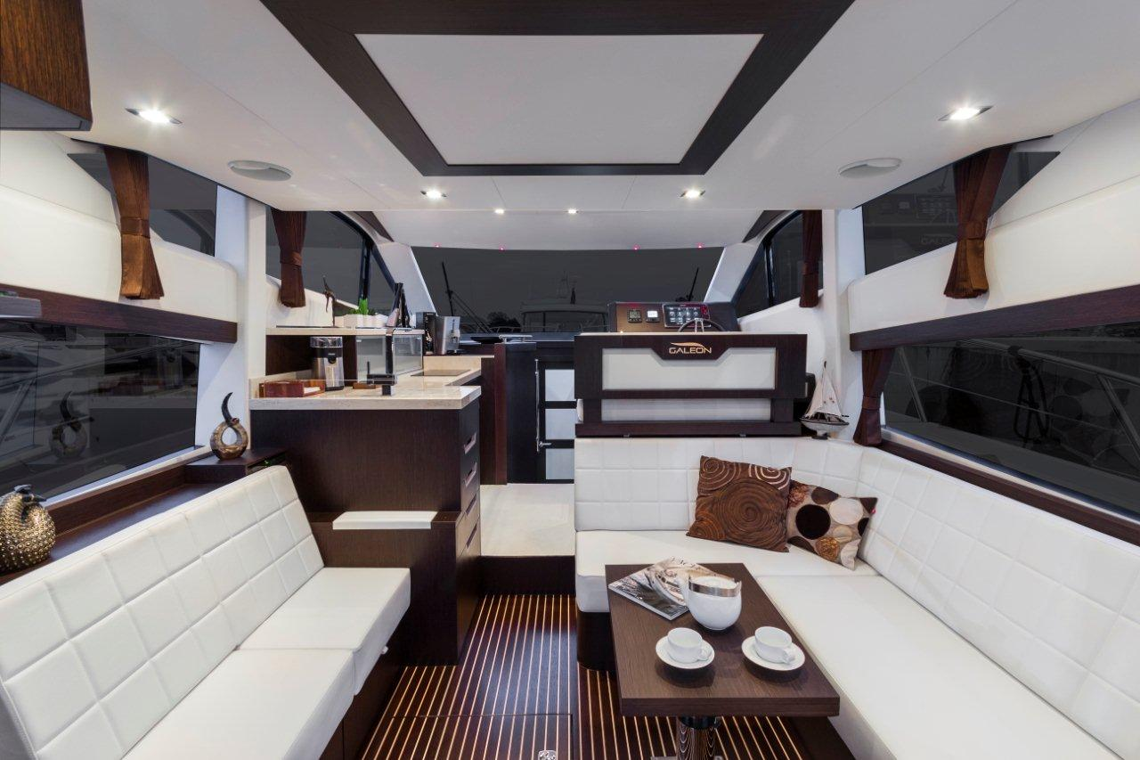 Galeon 420 FLY Internal image 9