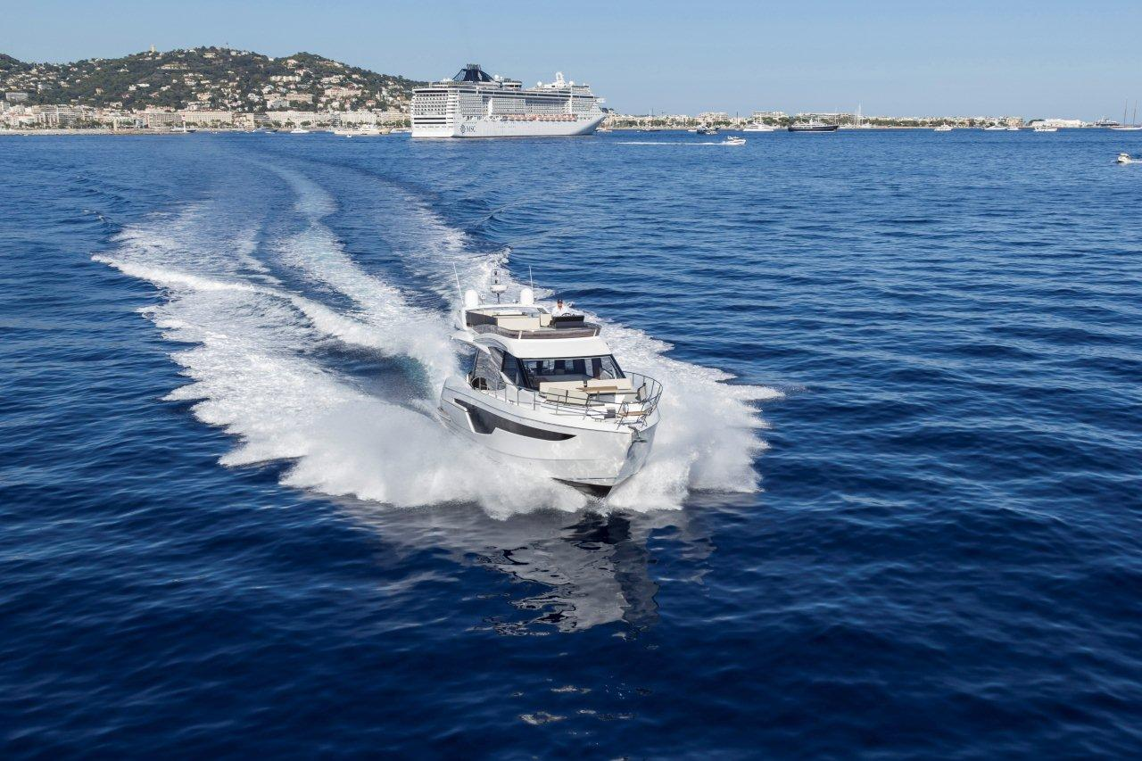 Galeon 500 FLY External image 1