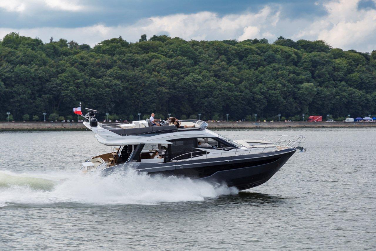 Galeon 500 FLY External image 100