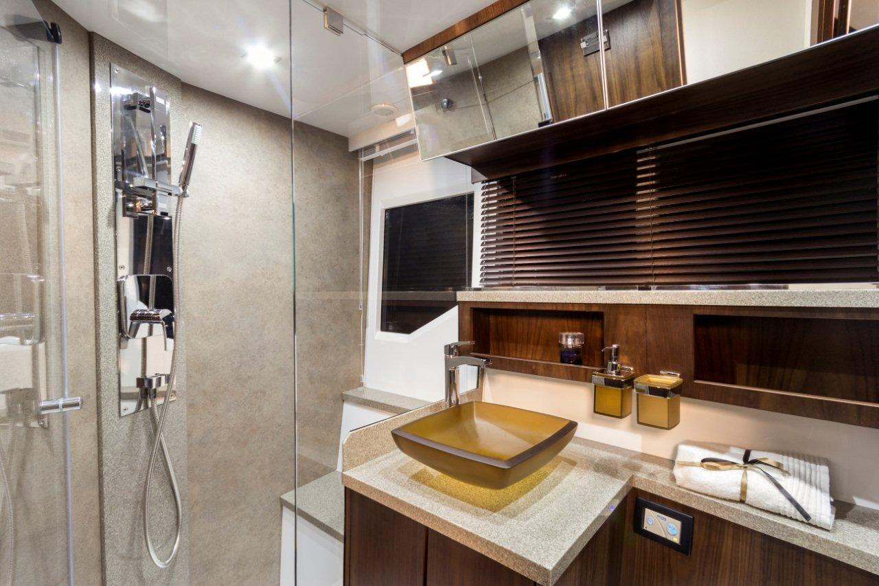 Galeon 500 FLY Internal image 10