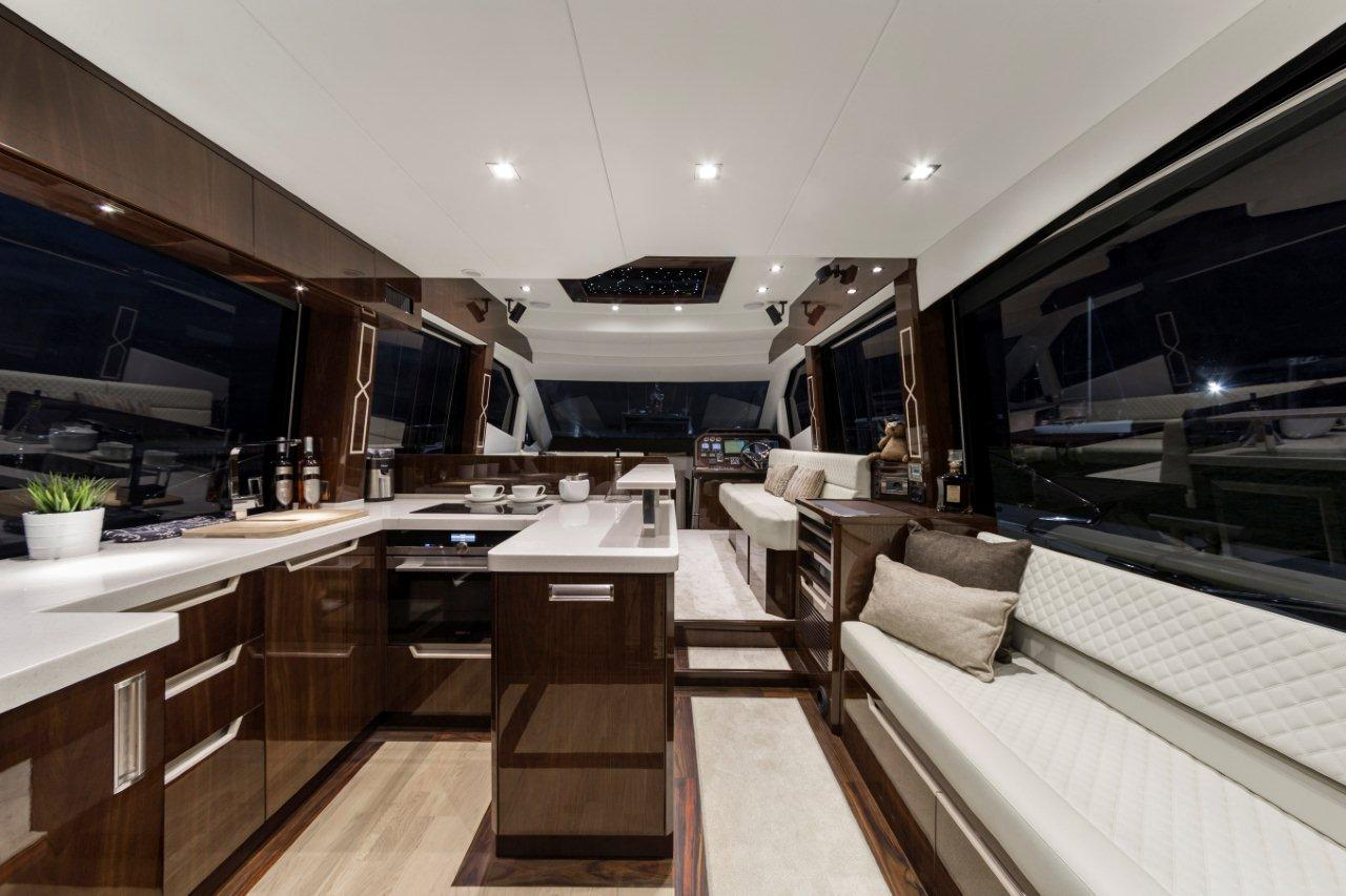 Galeon 500 FLY Internal image 16