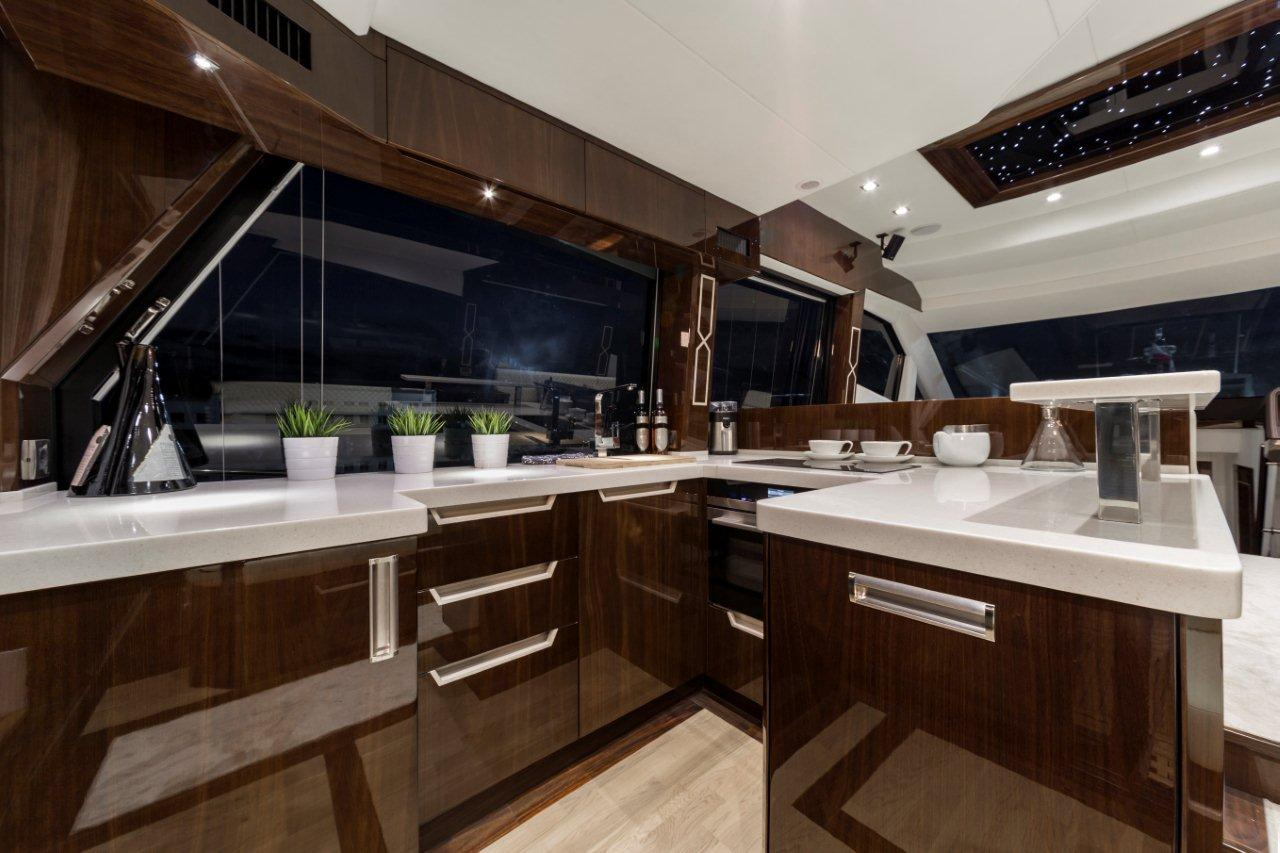 Galeon 500 FLY Internal image 18