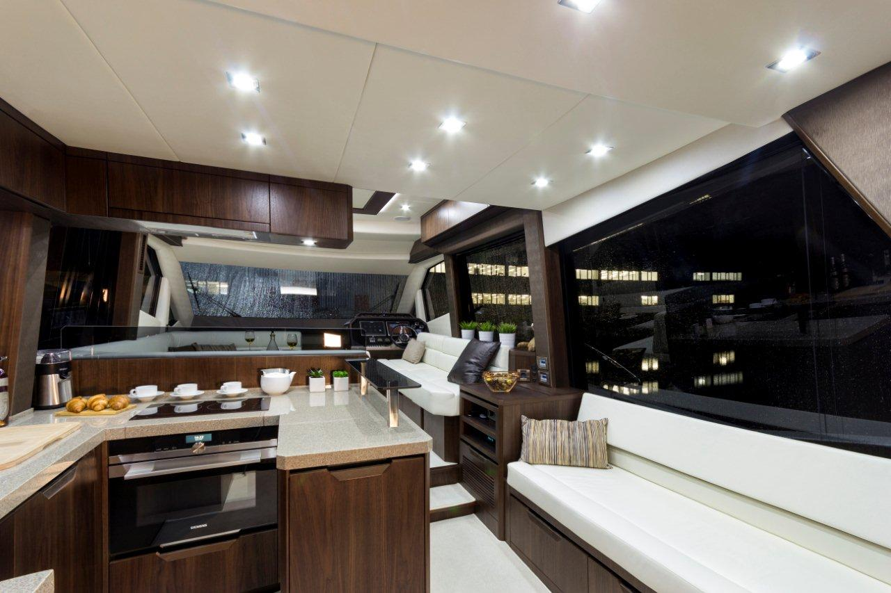 Galeon 500 FLY Internal image 3