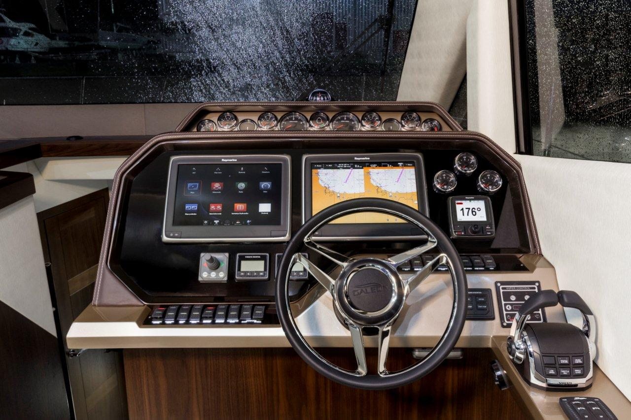 Galeon 500 FLY Internal image 6