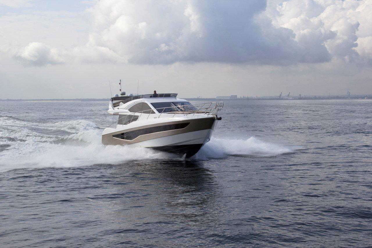 Galeon 550 FLY External image 2