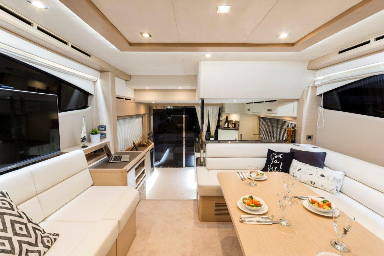 Galeon 550 FLY Internal image 10