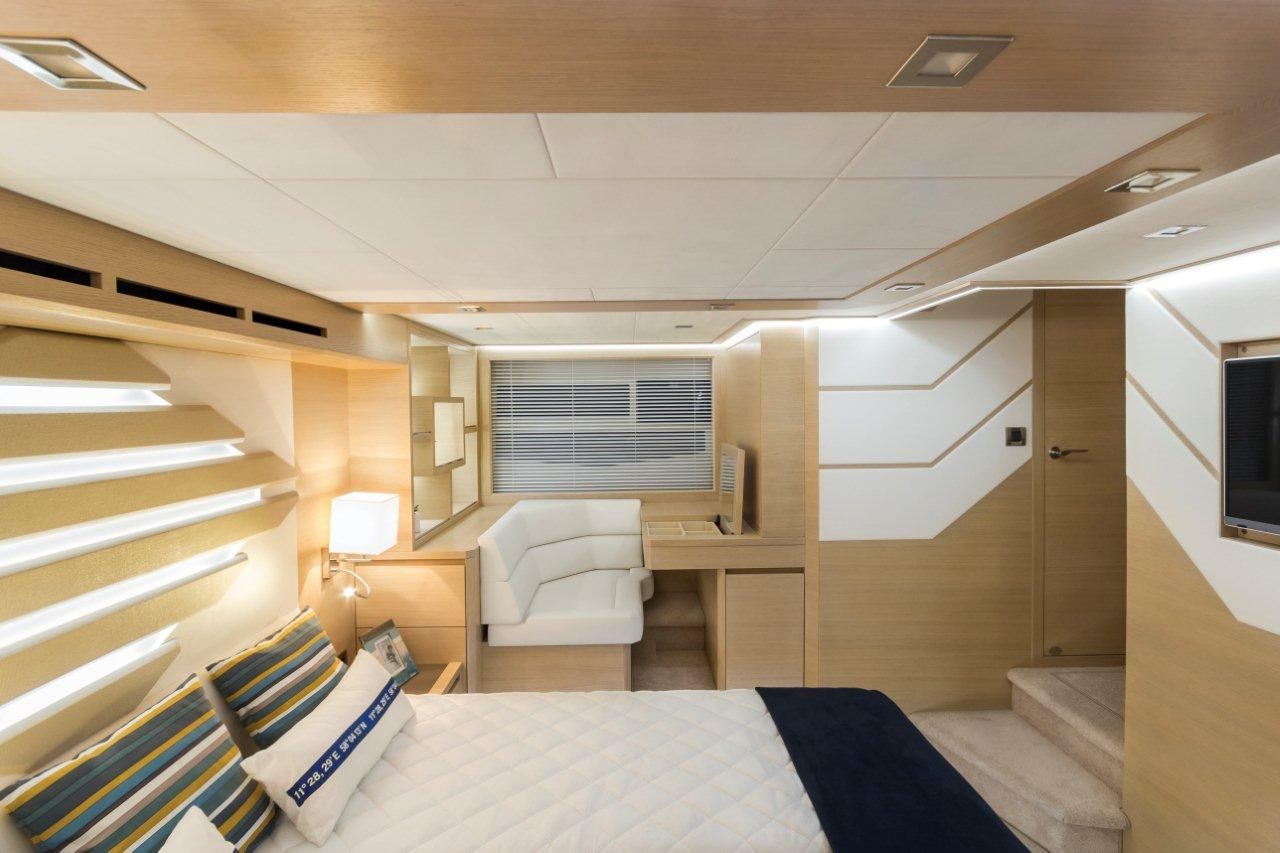 Galeon 550 FLY Internal image 16