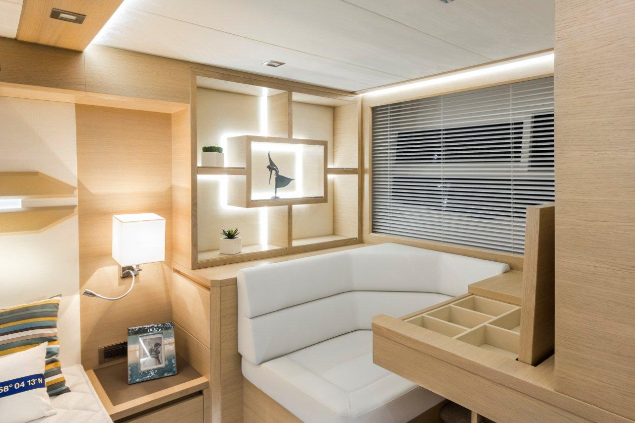Galeon 550 FLY Internal image 17