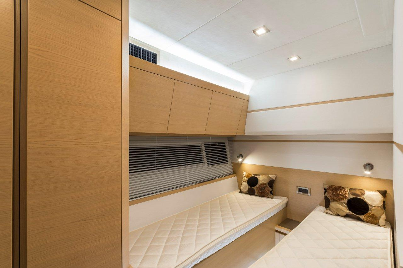 Galeon 550 FLY Internal image 20