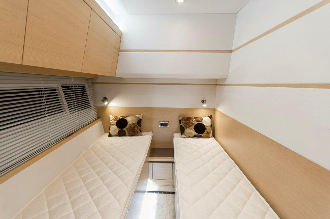 Galeon 550 FLY Internal image 21