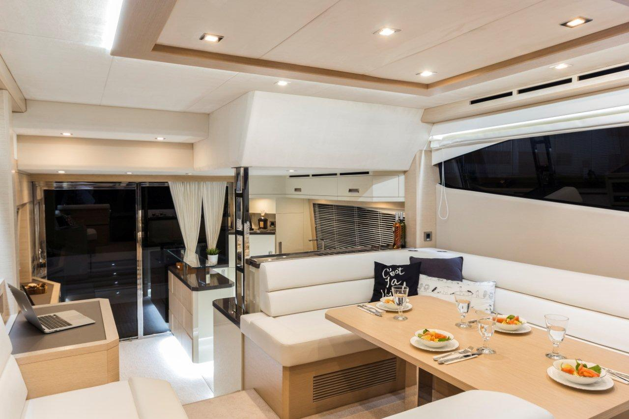 Galeon 550 FLY Internal image 8
