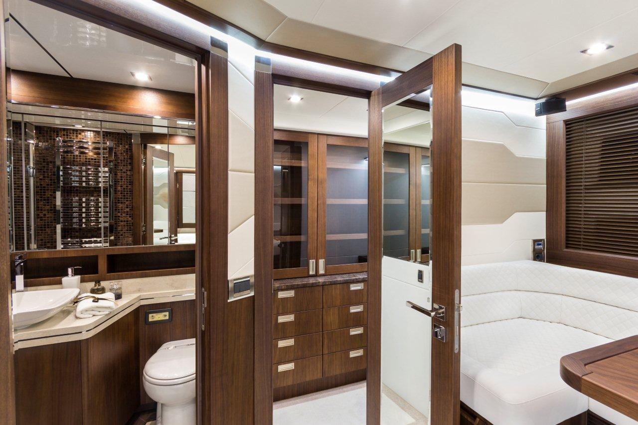 Galeon 660 FLY Internal image 13