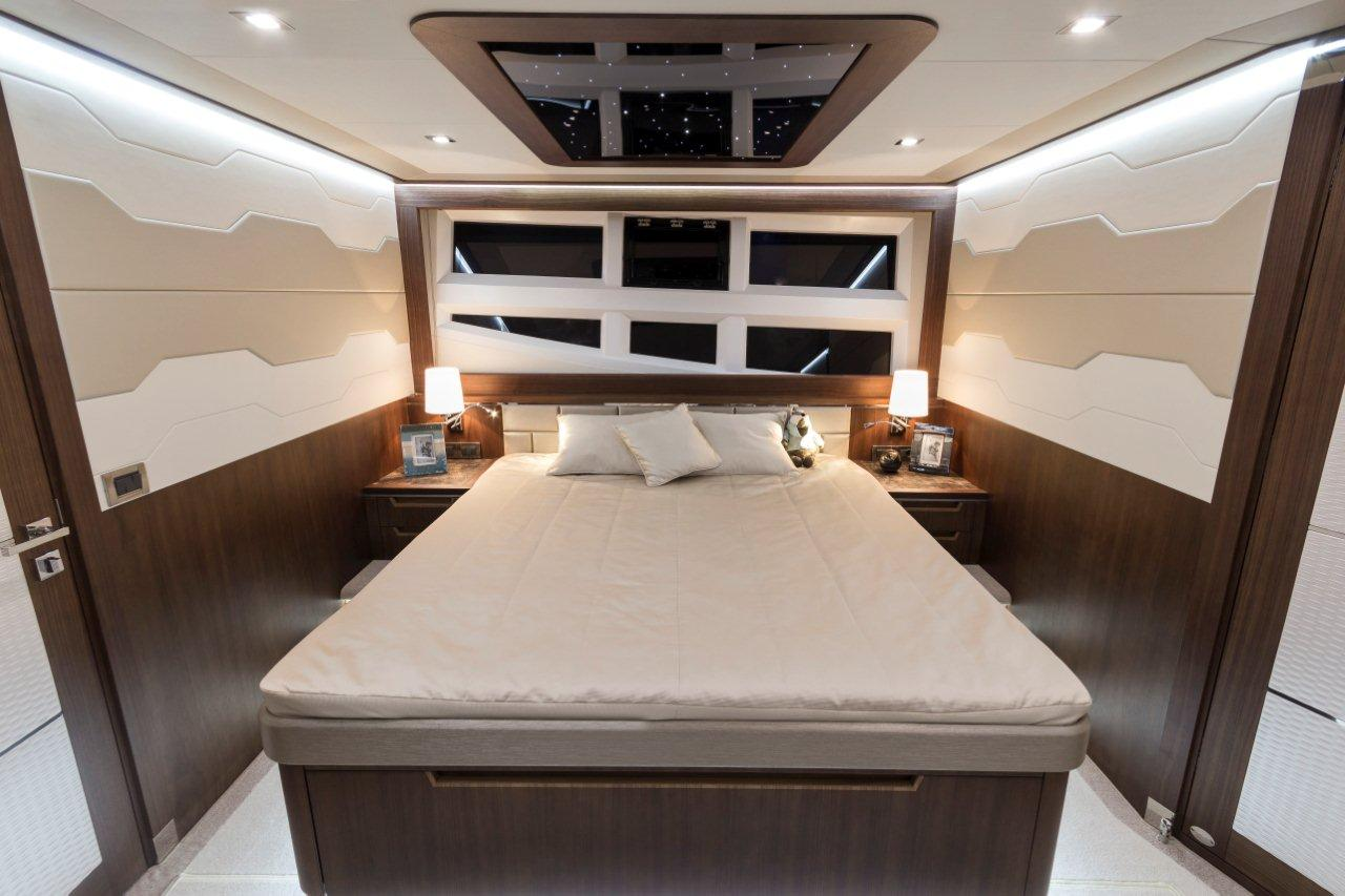 Galeon 660 FLY Internal image 16
