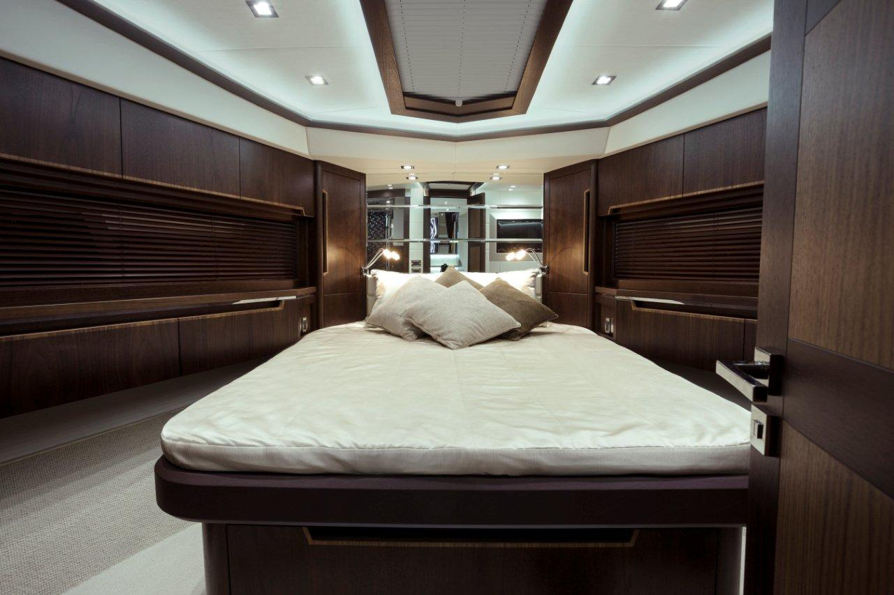 Galeon 660 FLY Internal image 25