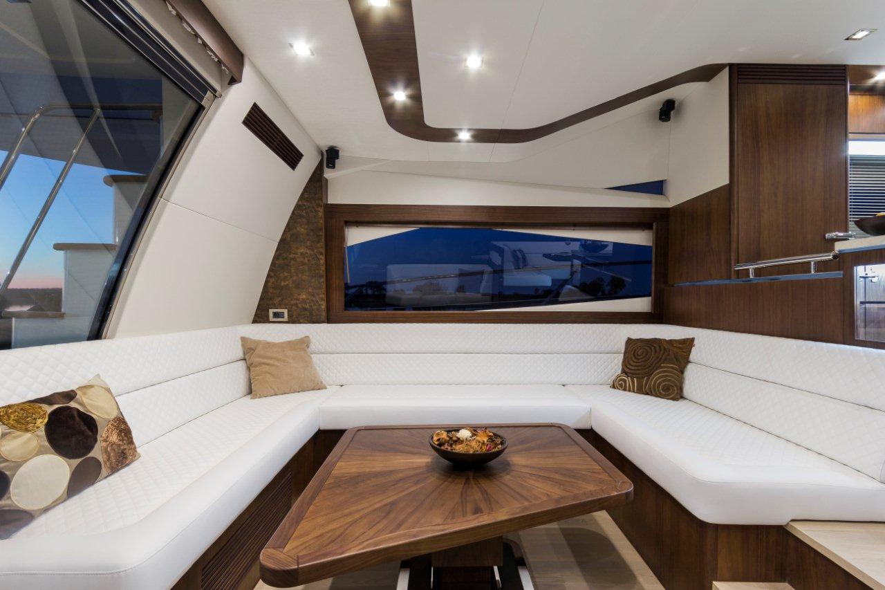 Galeon 660 FLY Internal image 3