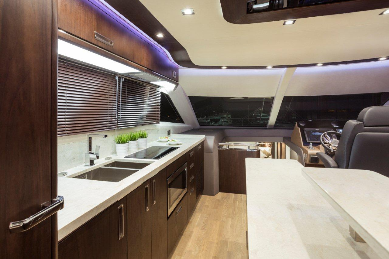 Galeon 660 FLY Internal image 38