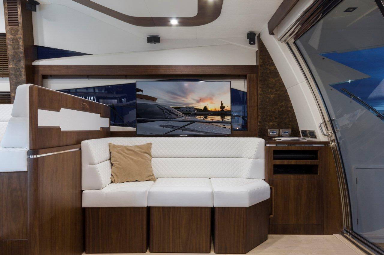 Galeon 660 FLY Internal image 4