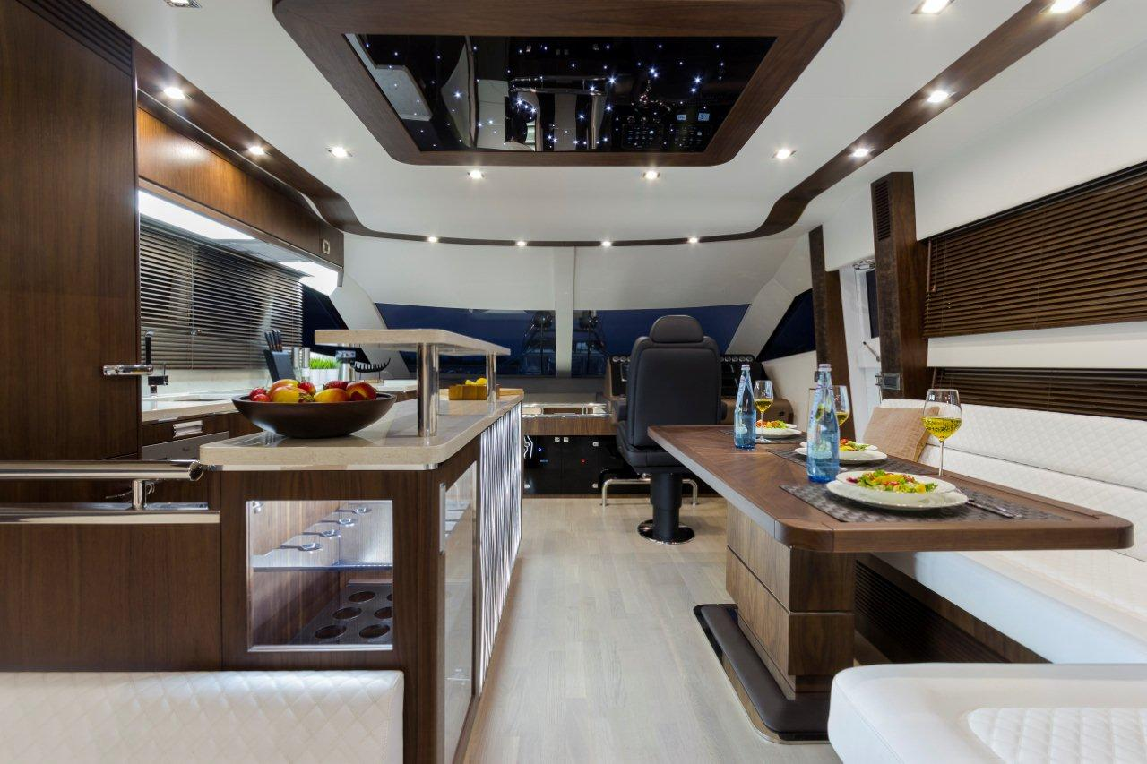Galeon 660 FLY Internal image 5