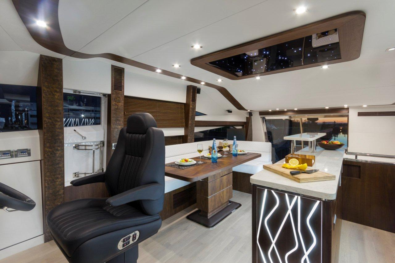 Galeon 660 FLY Internal image 7