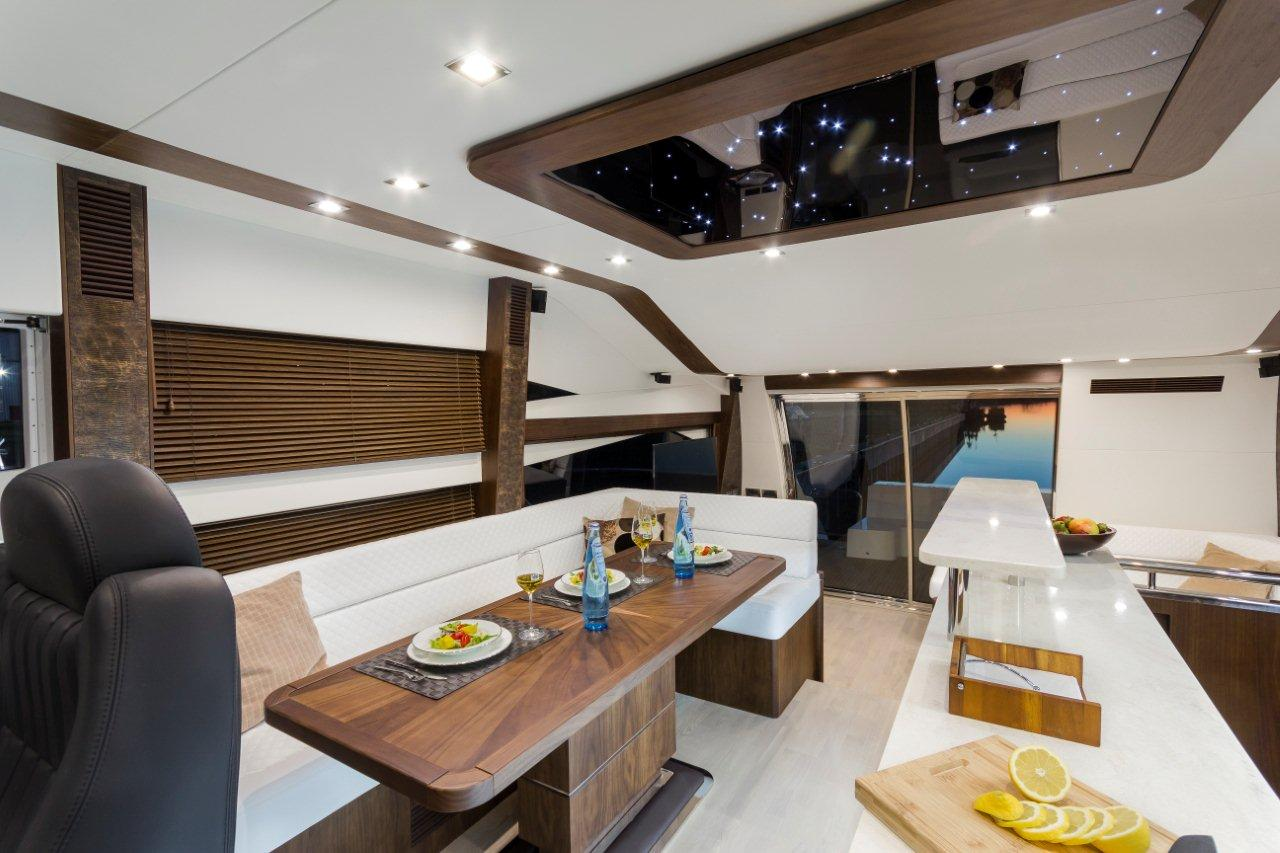 Galeon 660 FLY Internal image 8