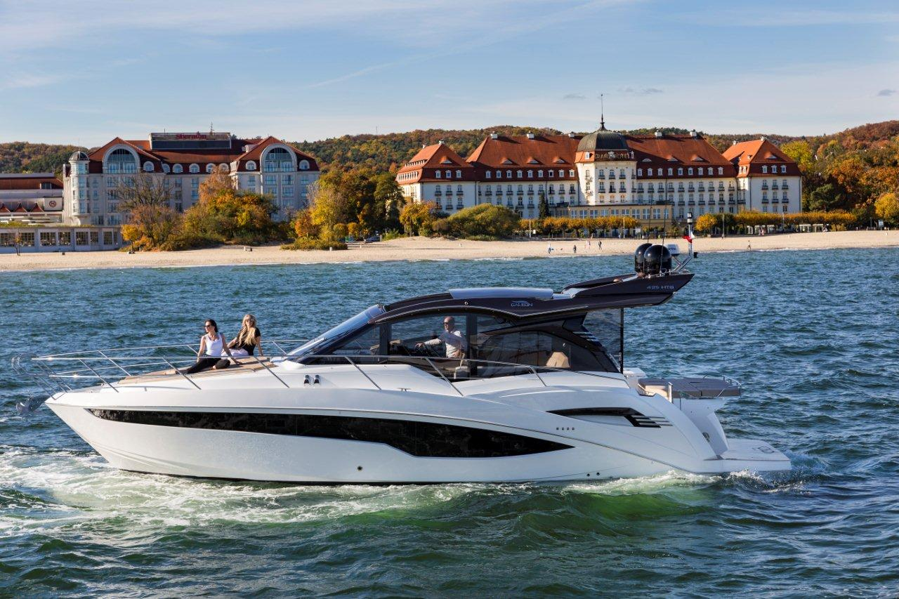 Galeon 425 HTS External image 14