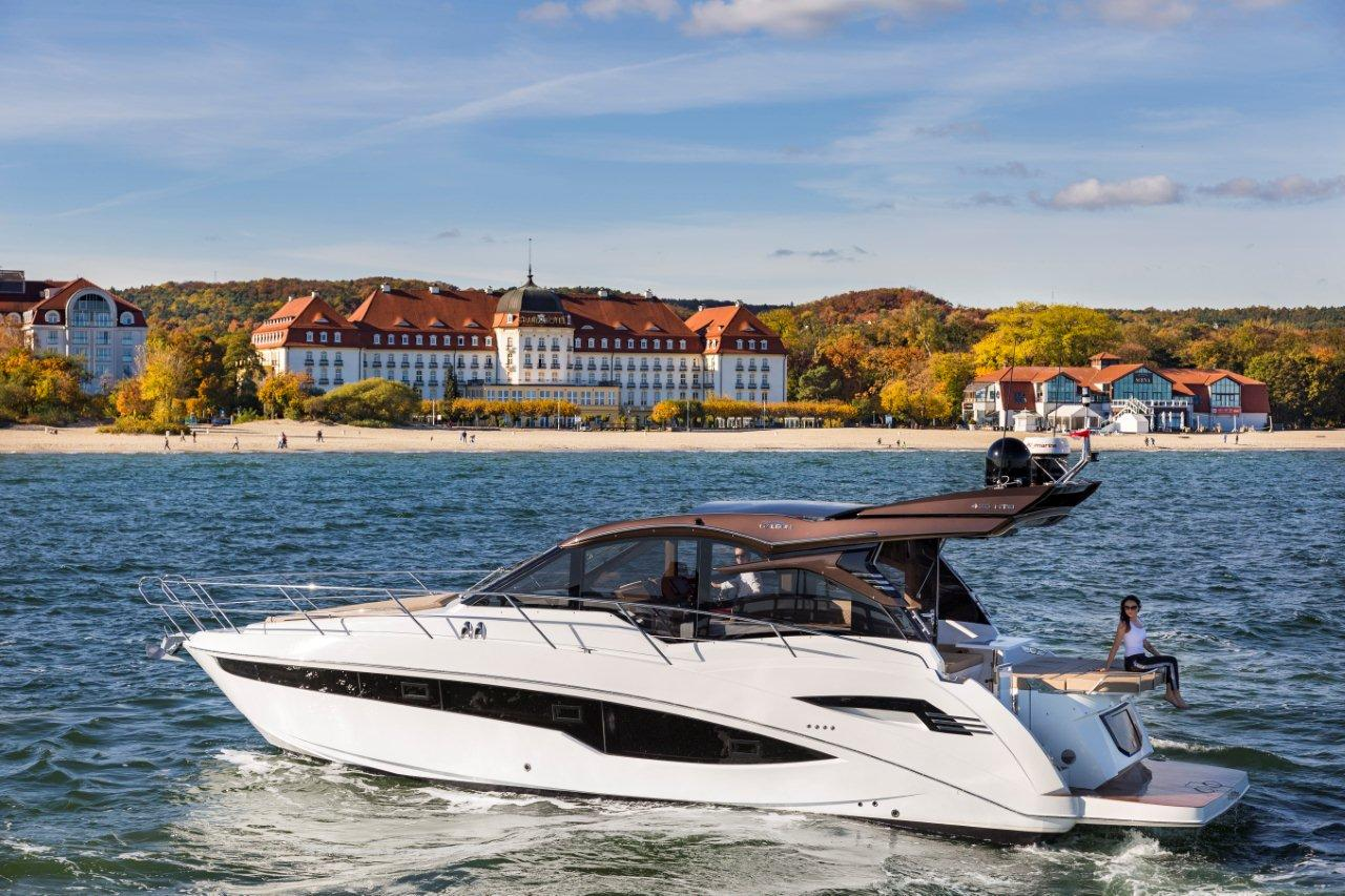 Galeon 425 HTS External image 20