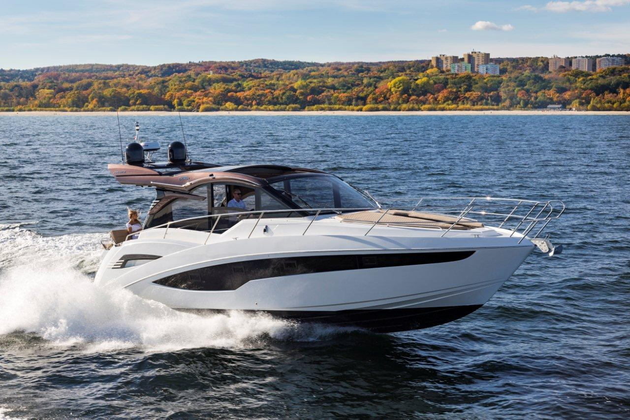 Galeon 425 HTS External image 32