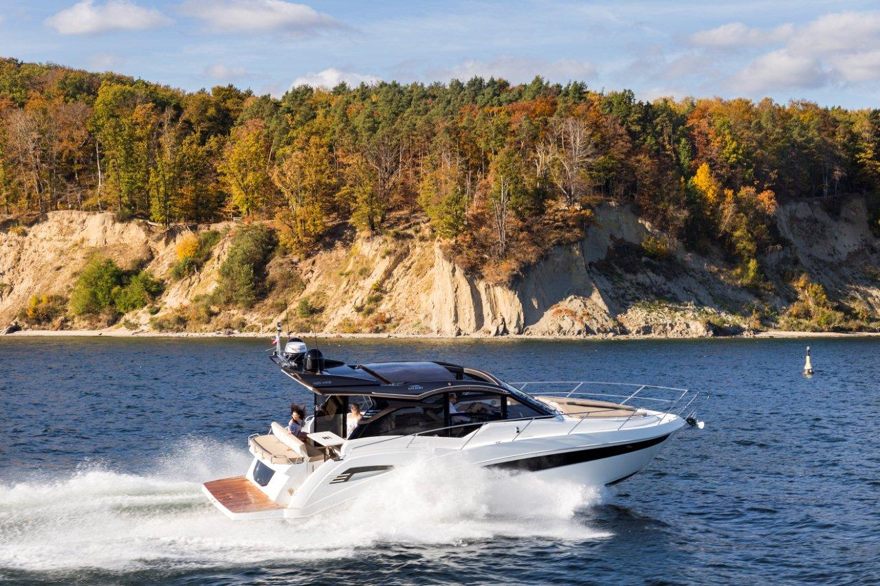 Galeon 425 HTS External image 39