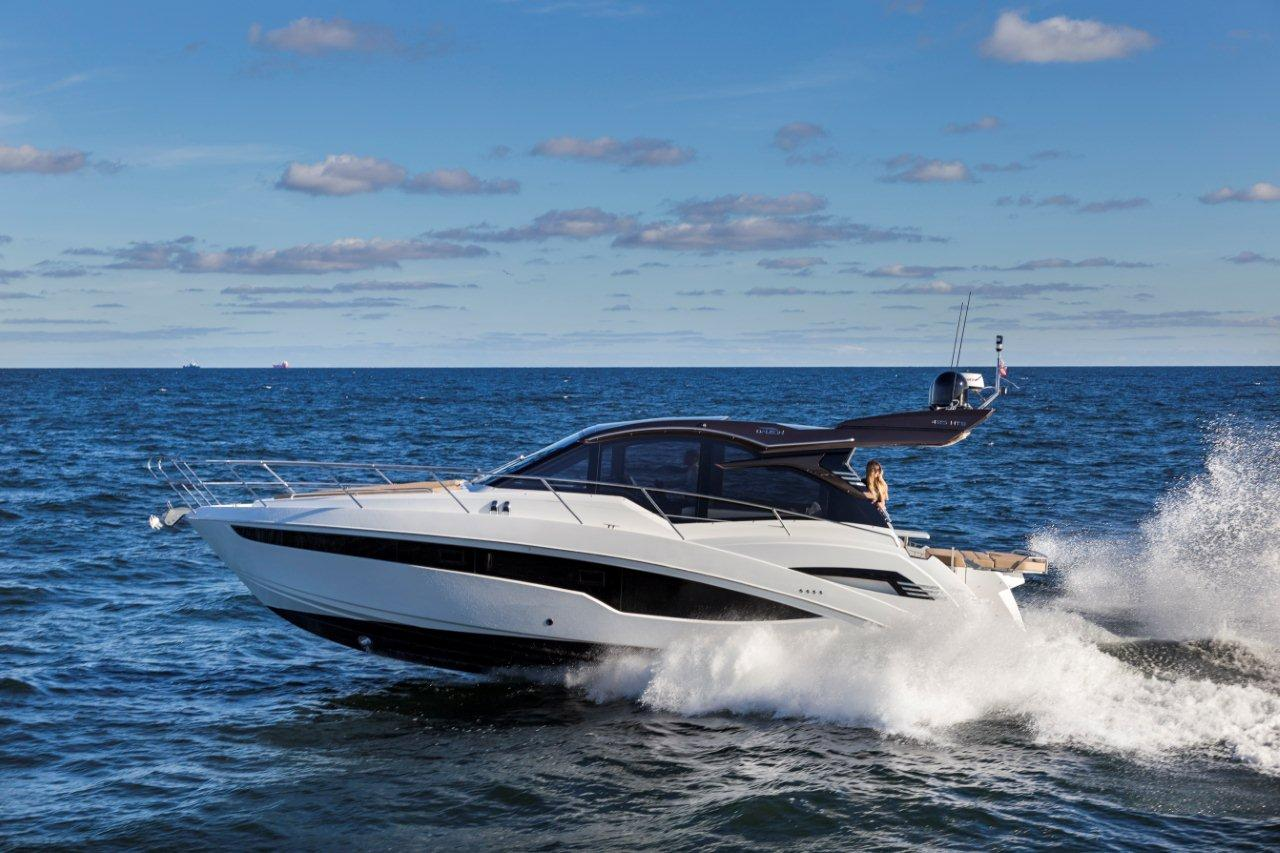 Galeon 425 HTS External image 6
